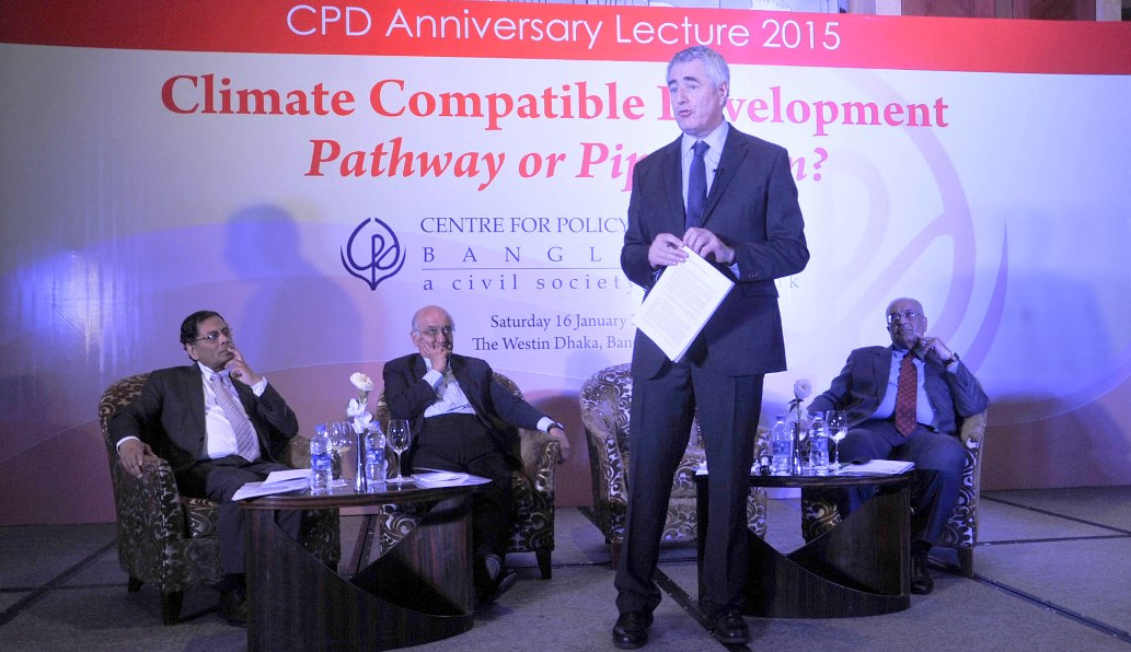 Simon Maxwell, executive chair of UK-based Climate and Development Knowledge and Network, delivers his speech at a programme organised by the Centre for Policy Dialogue at the Westin hotel in Dhaka yesterday. Rehman Sobhan, chairman of CPD; Mustafizur Rahman, executive director; and Debapriya Bhattacharya, distinguished fellow, are also seen. Photo: Star