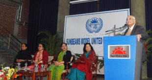 debapriya-bhattacharya-addresses-the-subeams-model-united-nations-conference-2017