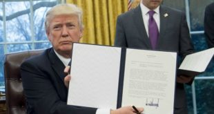 Donald Trump-withdraws-Trans-Pacific Partnership (TPP)