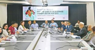 Analysts attend a discussion on the garment sector at The Daily Star Centre in Dhaka yesterday. Photo:  Star Business Report